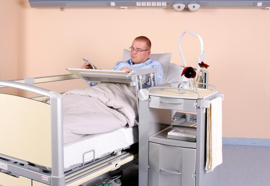 Прикроватный столик своими руками для больных 61