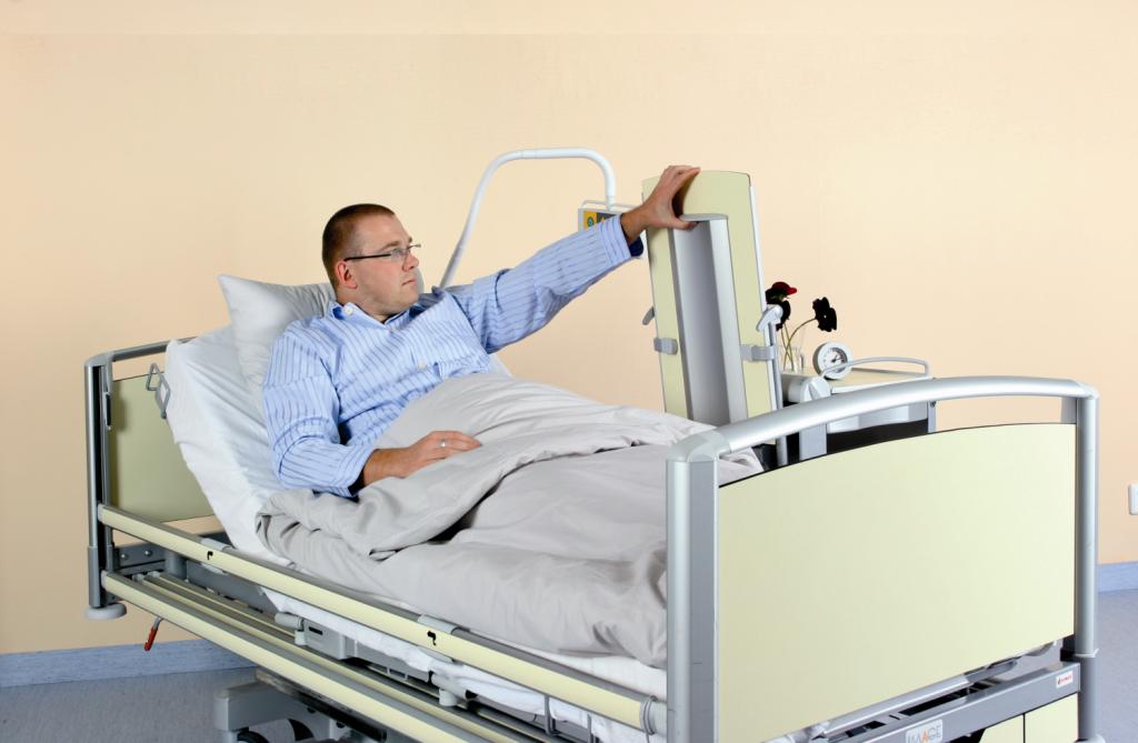 Прикроватный столик своими руками для больных 93